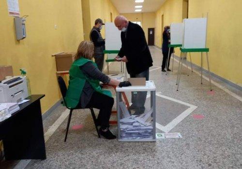 15 საათის მონაცემებით ქუთაისში ხმა ამომრჩეველთა 30,74 %-მა მისცა